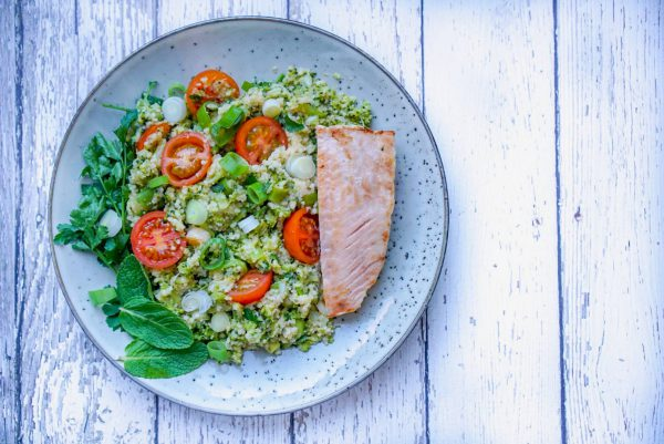 Couscous met zalm en broccoli